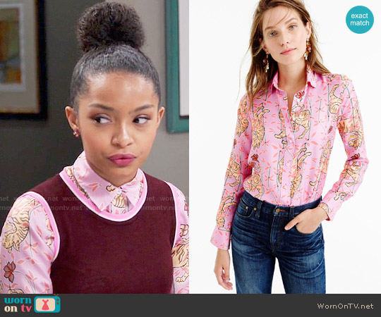 J. Crew Perfect Shirt in Pink Bengal Tiger worn by Zoey Johnson (Yara Shahidi) on Blackish