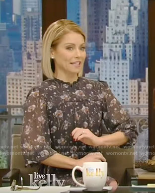 Kelly's floral ruffled dress on Live with Kelly