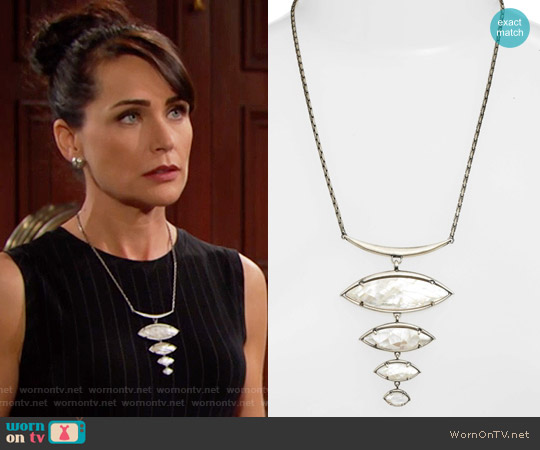 Kendra Scott Morris Bib Necklace worn by Quinn Fuller on The Bold & the Beautiful
