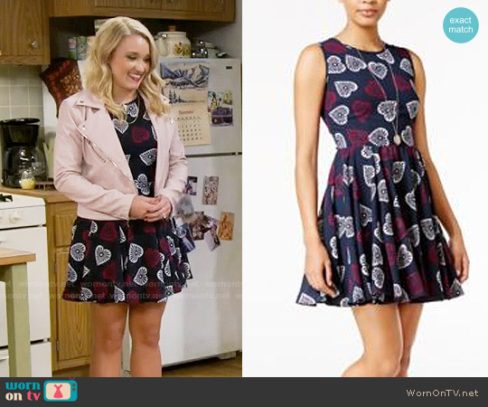 Maison Jules Heart-Print Fit & Flare Dress worn by Emily Osment on Young & Hungry