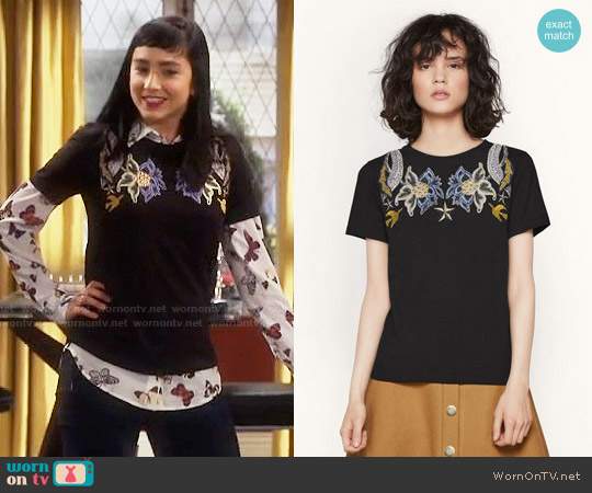 Maje Tapioca T-shirt worn by Mandy Baxter on Last Man Standing