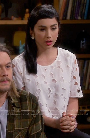 Mandy's white eyelet top on Last Man Standing
