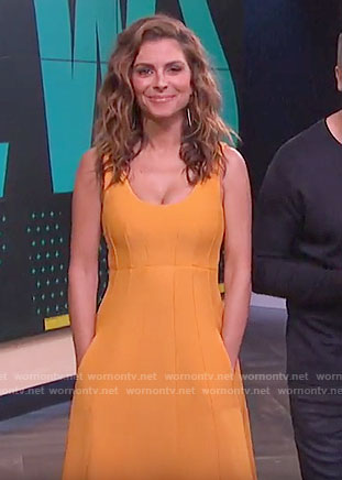 Maria's orange dress with pockets on E! News