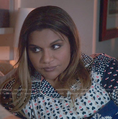 Mindy's heart print pajamas on The Mindy Project