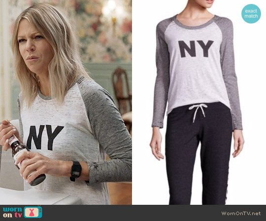 Monrow City Vintage Baseball T-Shirt worn by Kaitlin Olson on The Mick