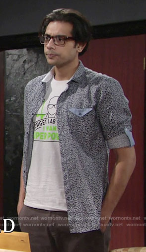 Ravi's Superpowers graphic t-shirt on The Young and the Restless