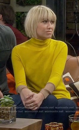 Riley's yellow turtleneck sweater on Baby Daddy