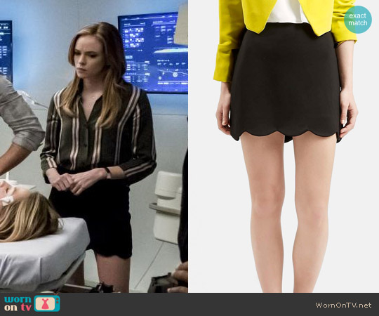 Topshop Scalloped Mini Skirt worn by Caitlin Snow on The Flash