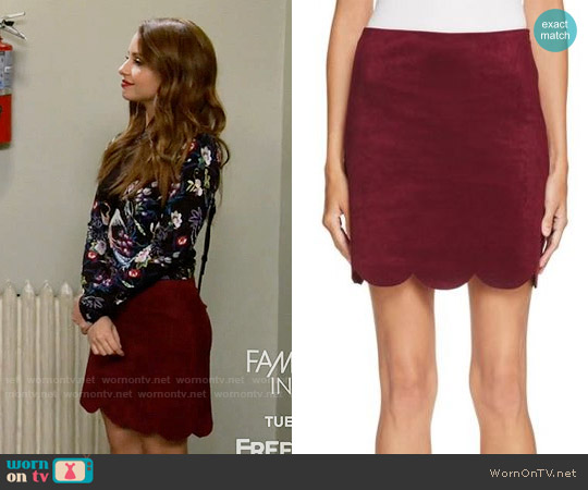 Aqua Faux Suede Skirt worn by Sofia Rodriguez on Young & Hungry