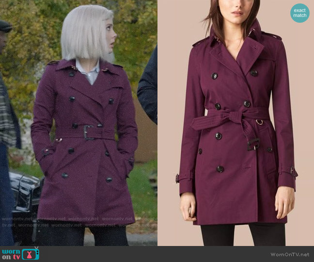 Burberry Lightweight Cotton Gabardine Trench Coat worn by Liv Moore (Rose McIver) on iZombie
