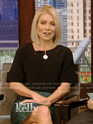 Kelly's black cuffed short sleeve top on Live With Kelly