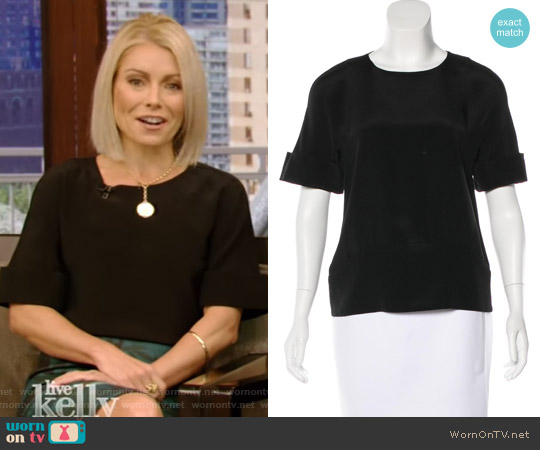Silk Short Sleeve Top by Maiyet worn by Kelly Ripa on Live with Kelly & Ryan