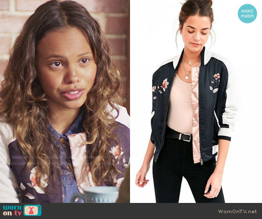 Silence + Noise On Tour Satin Varsity Bomber Jacket worn by Jessica Davis (Alisha Boe) on 13 Reasons Why