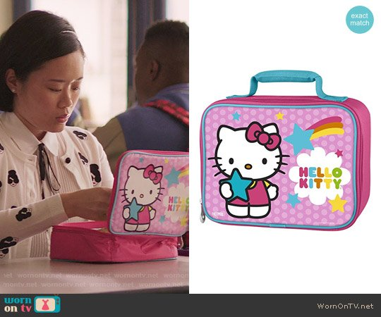 Thermos Soft Lunch Kit in Hello Kitty worn by Michele Selene Ang on 13 Reasons Why