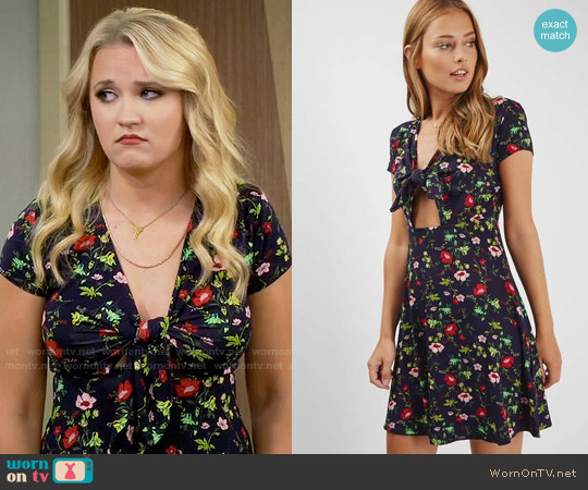 Topshop Floral Print Bow Front Dress worn by Gabi Diamond (Emily Osment) on Young & Hungry