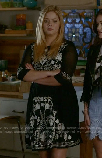 Ali's embroidered dress on Pretty Little Liars
