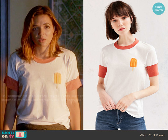 Camp Collection Popsicle Tee worn by Cassandra (Georgie Flores) on Famous in Love