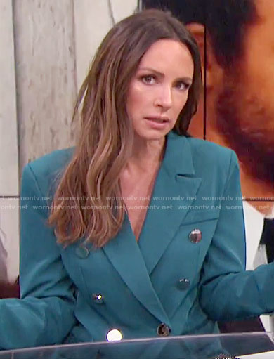 Catt's teal blazer on E! News
