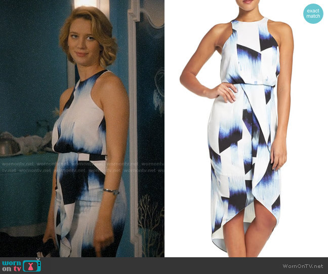 Chelsea28 Print Stretch Midi Dress worn by Petra Solano (Yael Grobglas) on Jane the Virgin