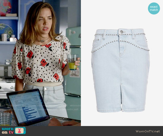 IRO Naomi Denim Skirt worn by Cassandra (Georgie Flores) on Famous in Love