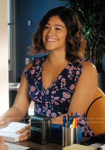 Jane's navy and red floral dress on Jane the Virgin