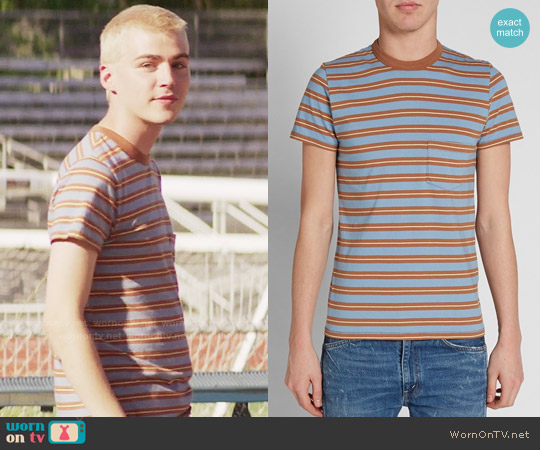 Levis 1960s Casual Stripe Tee in Brown worn by Alex Standall (Miles Heizer) on 13 Reasons Why