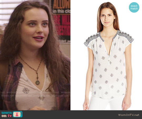 Lucky Brand Embroidered Henley Shirt worn by Katherine Langford on 13 Reasons Why