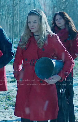Polly's red trench coat on Riverdale