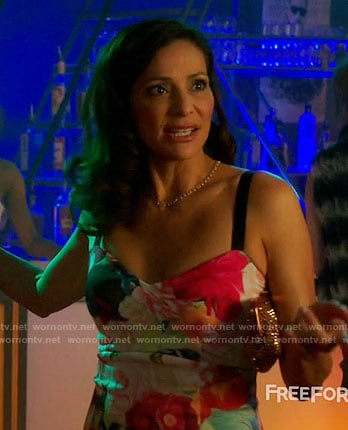 Regina's floral pencil dress on Switched at Birth