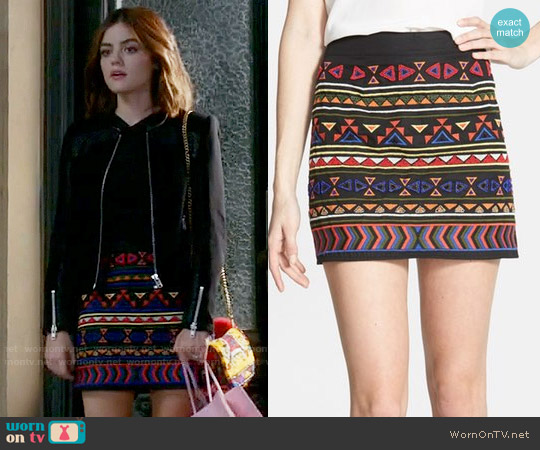 Sam Edelman Beaded Geo Print Miniskirt worn by Aria Montgomery (Lucy Hale) on PLL