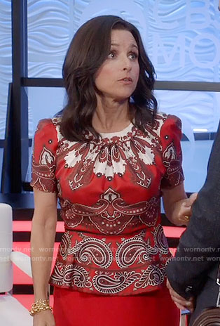 Selina's red paisley print peplum top on Veep