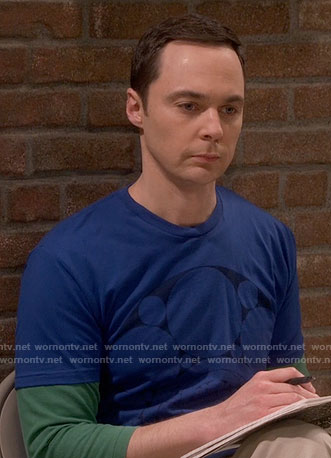 Sheldon's blue circle graphic tee on The Big Bang Theory