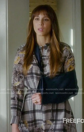 Spencer's plaid and floral shirtdress on Pretty Little Liars