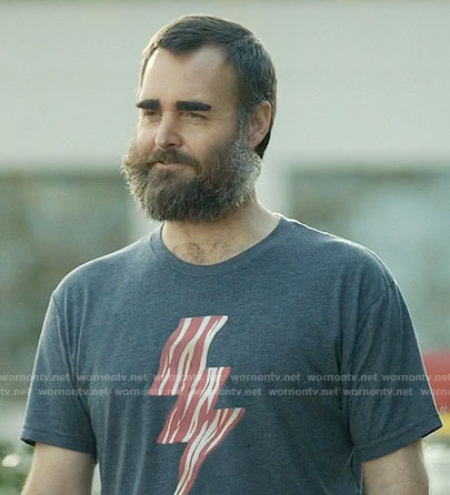 Tandy's bacon t-shirt on Last Man on Earth