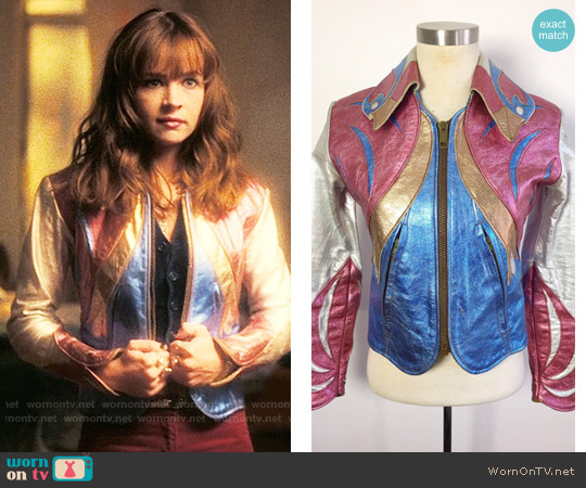 Vintage East West Musical Instruments Parrot Jacket worn by Britt Robertson on Girlboss