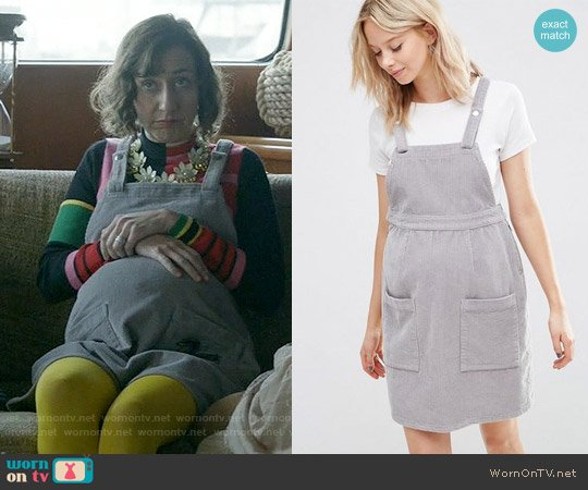 ASOS MATERNITY Pinafore Dress in Dove Gray worn by Carol Pilbasian on Last Man On Earth