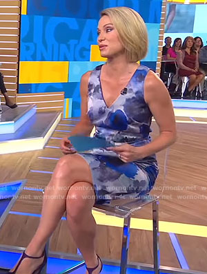 Amy's blue floral v-neck dress on Good Morning America