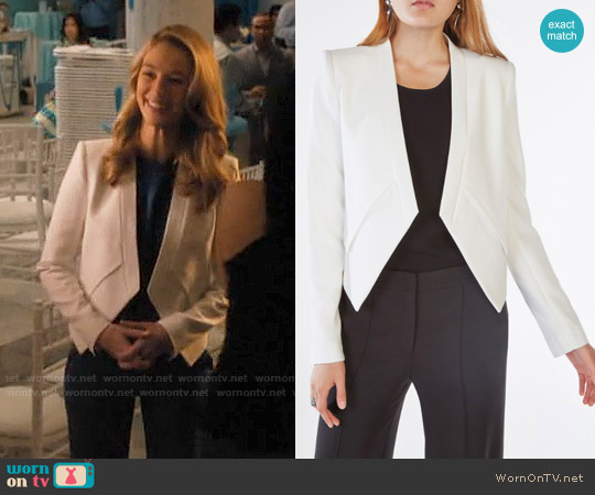 Bcbgmaxazria Lloyd Jacket worn by Petra Solano (Yael Grobglas) on Jane the Virgin
