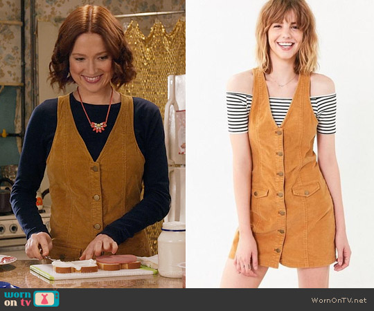 Cooperative Parker Corduroy Button-Down Mini Jumper Dress worn by Kimmy Schmidt (Ellie Kemper) on Unbreakable Kimmy Schmidt