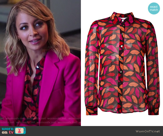Lips Printed Shirt by Diane von Furstenberg worn by Portia Scott-Griffith (Nicole Richie) on Great News
