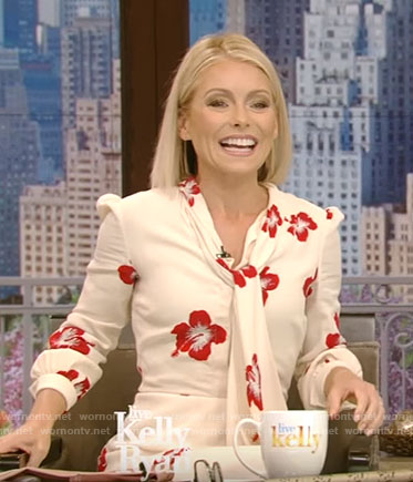 Kelly's white hibiscus print dress on Live With Kelly