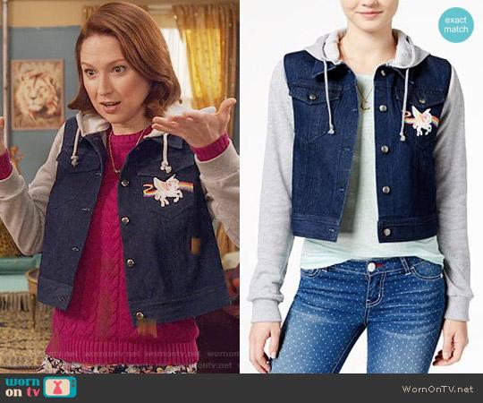 Lisa Frank Unicorn Patch Hoodie Denim Jacket worn by Kimmy Schmidt (Ellie Kemper) on Unbreakable Kimmy Schmidt