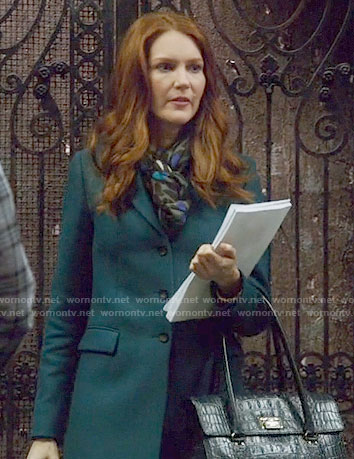 Abby's teal coat on Scandal