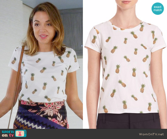 Alice + Olivia Robin Embellished Tee worn by Cassandra (Georgie Flores) on Famous in Love
