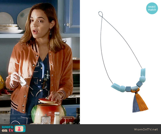 Bluma Project Anya Necklace worn by Cassandra on Famous in Love