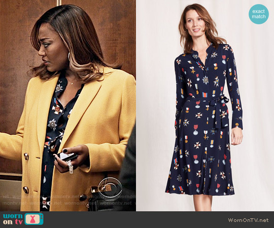 Wornontv daisy s medal print dress and yellow coat on for Boden yellow raincoat