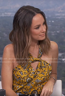 Catt's yellow twist neck top on E! News Daily Pop