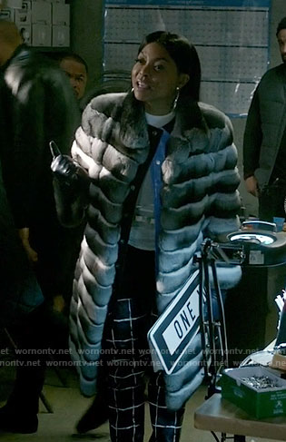 Cookie's grey fur coat on Empire