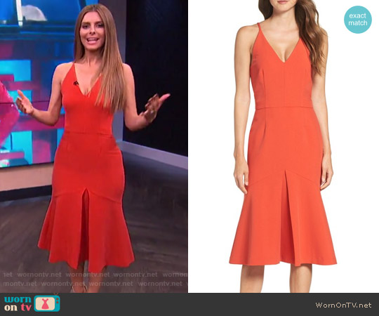Cooper St Foxglove Midi Dress worn by Maria Menounos on E! News