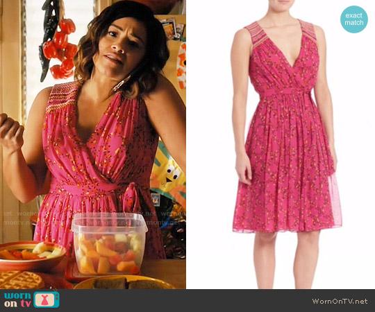 Diane von Furstenberg Bali Dress worn by Jane Villanueva (Gina Rodriguez) on Jane the Virgin